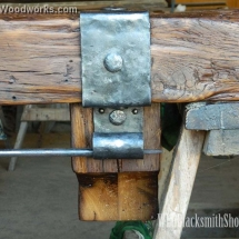 mantel-with-stocking-rod-close-up